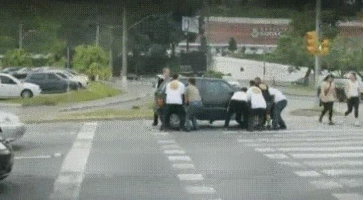 Enlace a Ten cuidado si sueles pasarte de la línea en los semáforos
