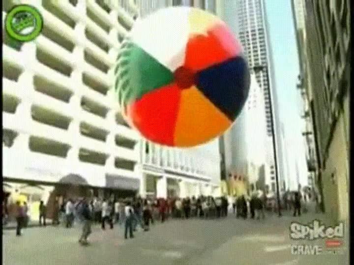 Enlace a La pelota más grande del mundo