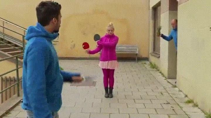 Enlace a Ovarios: esta niña los tiene como dos melones de grandes