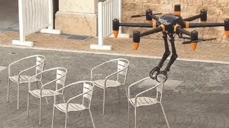 Enlace a Esconded todos vuestras sillas. Las están robando con drones