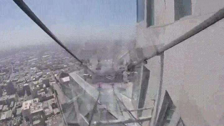 Enlace a Tobogán de cristal en Los Angeles. Una experiencia solo para valientes