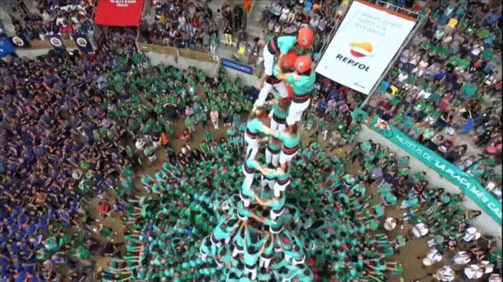 Enlace a El increíble arte de los Castellers