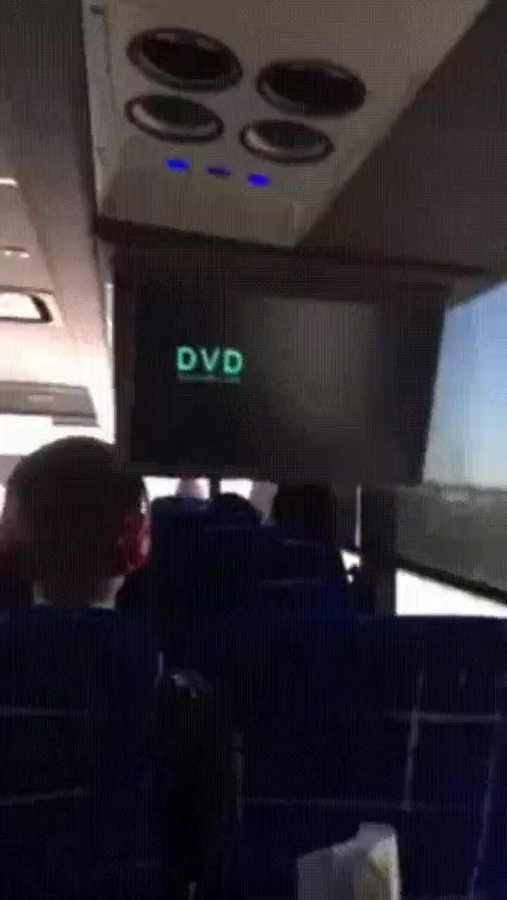 Enlace a El logo del DVD toca la esquina y estalla la locura