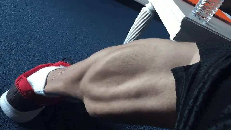 Enlace a Lo que pasa cuando no te saltas ningún día de entrenar piernas