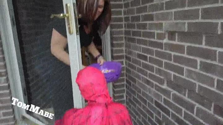 Enlace a Gente con recursos que utiliza un niño falso para conseguir caramelos gratis