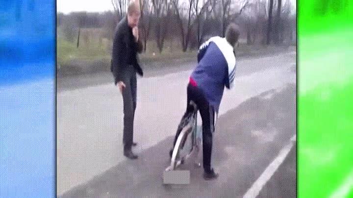 Enlace a Cuando te cargas la bici de tu amigo haciendo una simple broma