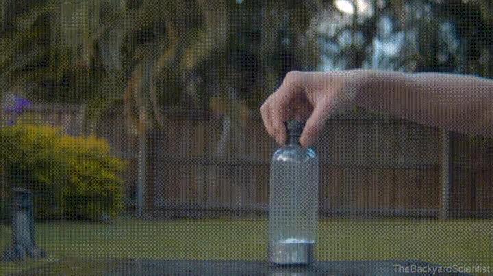 Enlace a El reto de la botella. Ahora con mercurio dentro