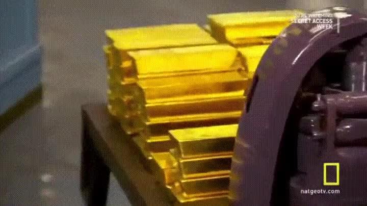 Enlace a ¿Qué comprarías si tuvieses una casa llena de lingotes de oro?