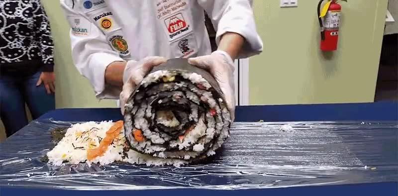 Enlace a Preparando el desayuno para un gigante japonés