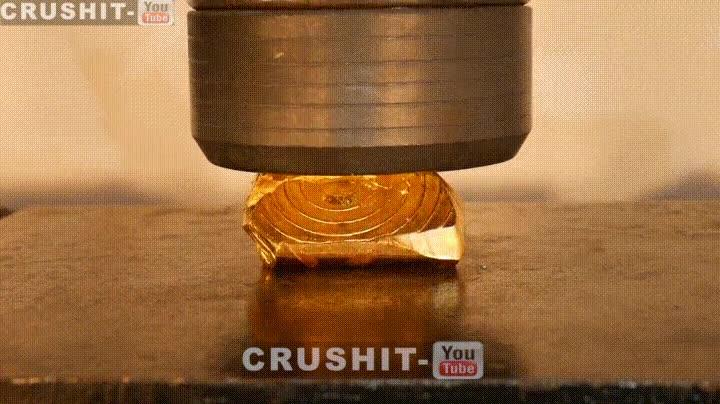 Enlace a Aplastando oro puro con una prensa hidráulica