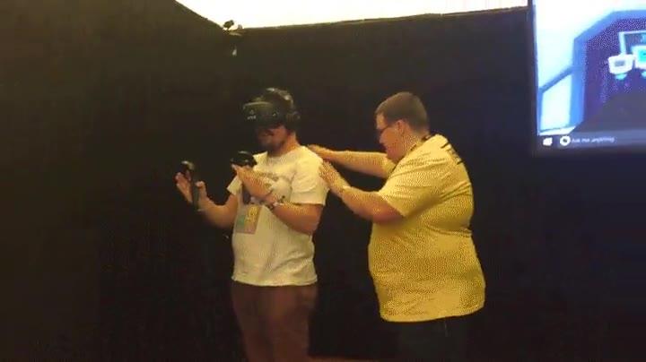 Enlace a Decididamente, los humanos no estamos preparados para la realidad virtual