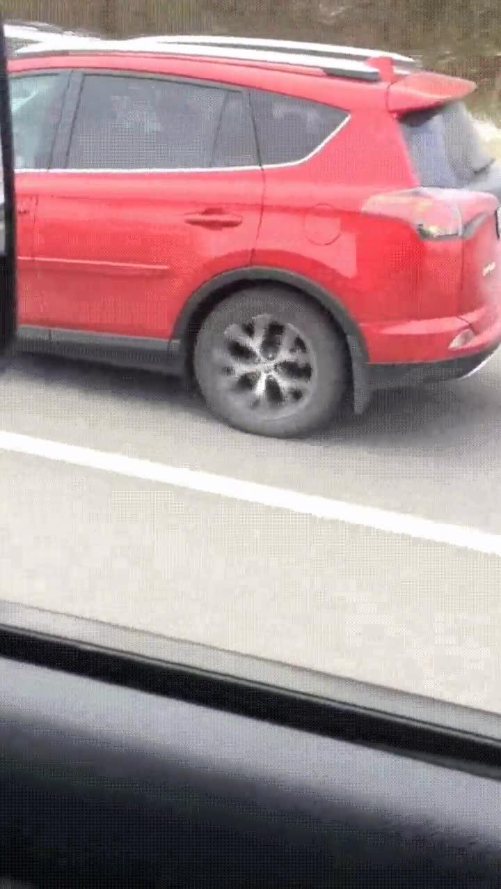 Enlace a Disculpa, creo que tienes la rueda delantera un poco floja