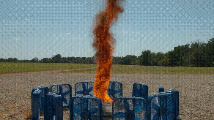 Enlace a Creando un tornado de fuego