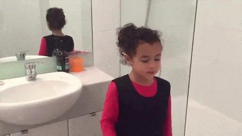 Enlace a Esta niña está destinada a hacer grandes cosas