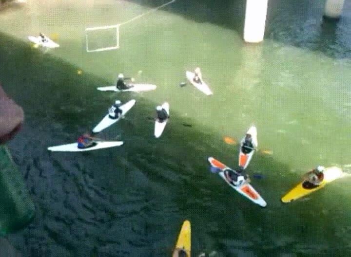 Enlace a Baloncesto en Kayak, el nuevo deporte de moda