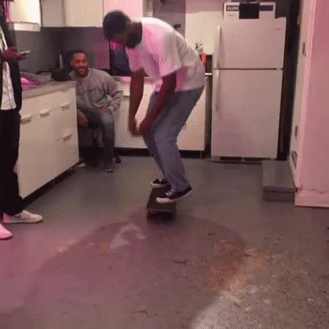 Enlace a Haciendo trucos de skate en modo cooperativo
