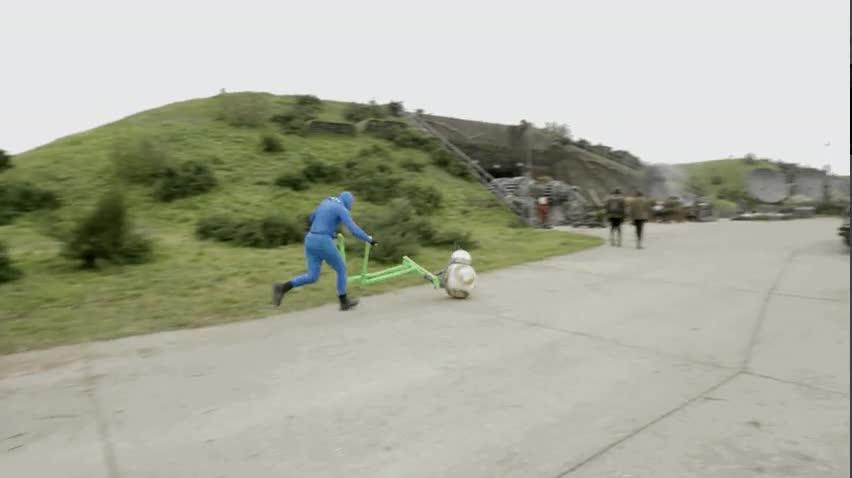 Enlace a Así se grabaron las escenas de BB8 en El Despertar de la Fuerza