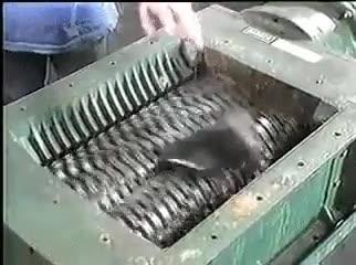 Enlace a Y así es cómo se fabrican los zapatos