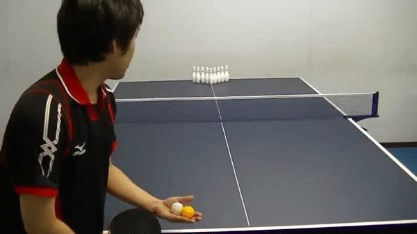 Enlace a Existe la precisión y luego lo que hace este jugador de pingpong