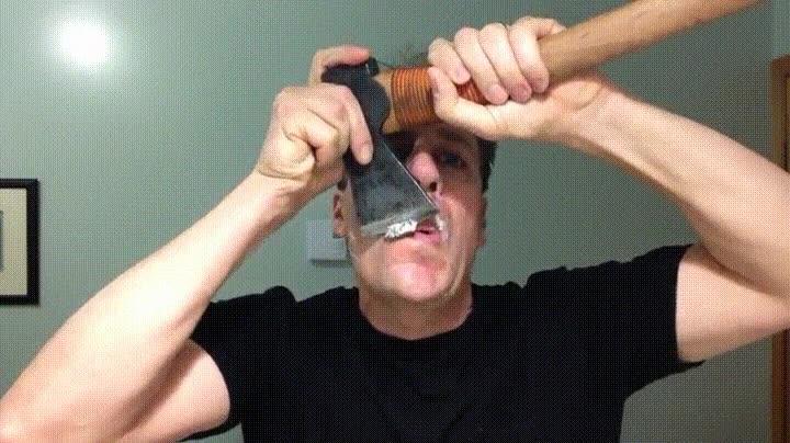 Enlace a Así se afeitan el bigote los verdaderos hombres