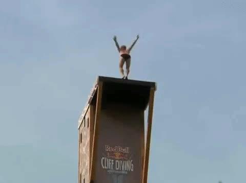 Enlace a Cuando haces un salto tan perfecto que no salpicas NI UNA gota de agua