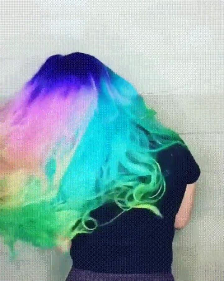 Enlace a Cuando tienes al mismísimo arcoiris en tu pelo