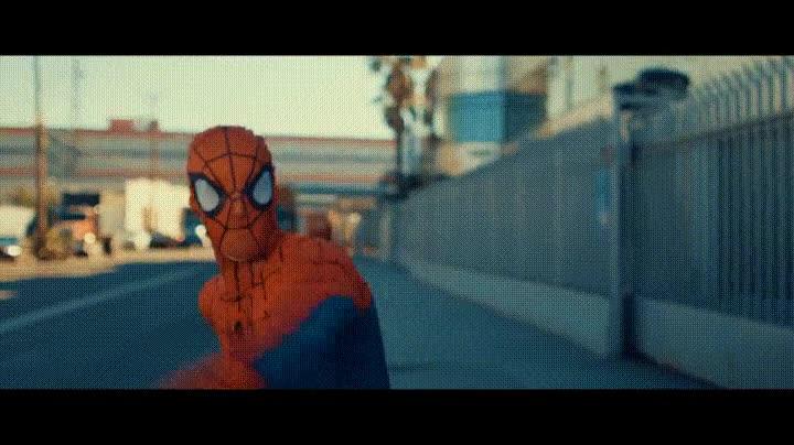 Enlace a Spiderman si fuese anatómicamente correcto