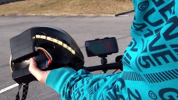 Enlace a Ahora ya puedes controlar las luces del casco a través de tu smartphone