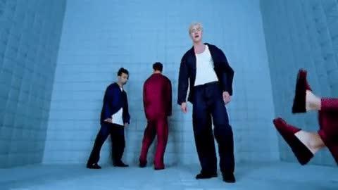 Enlace a Los videoclips de los años 90 eran MUY raros