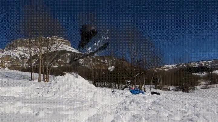 Enlace a Cuando ejecutas un salto mortal pero te olvidas los esquís por el camino
