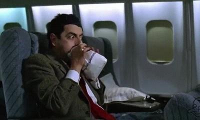 Enlace a Nunca dejen subir a Mr. Bean a un avión