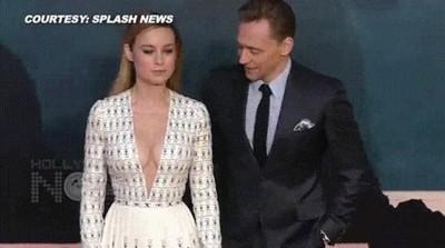 Enlace a Tom Hiddleston no puede evitar mirar el escote de Brie Larson