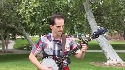 Enlace a El hombre más rápido del mundo tocando el banjo