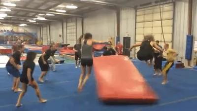 Enlace a Clases de gimnasio que se vuelven un pelín peligrosas