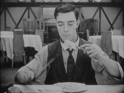 Enlace a Buster Keaton encontró la forma más rápida de comer spaghettis