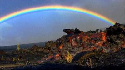Enlace a Arcoiris y lava. ¿Puede haber algo más perfecto?