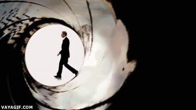 Enlace a La evolución de todos los James Bond