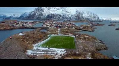 Enlace a Un campo de fútbol en uno de los lugares más bonitos del mundo