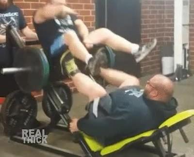 Enlace a Gente que va al gimnasio simplemente a divertirse