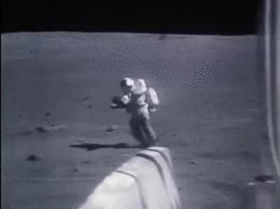 Enlace a Material inédito de la llegada del hombre a la luna