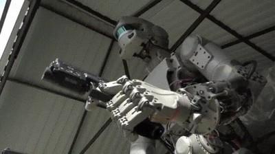 Enlace a Skynet ya es casi una realidad y da bastante mal rollo verlo