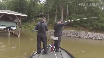 Enlace a Si crees que estás teniendo un mal día mira este pescador