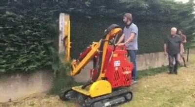 Enlace a Una máquina capaz de dejar el jardín perfecto en solo una pasada