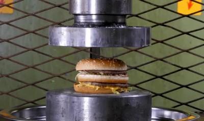 Enlace a Big Mac Vs. Presa Hidráulica