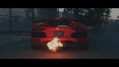 Enlace a Creo que se han flipado un poco con el Lamborghini Aventador