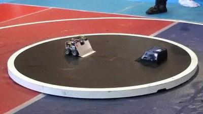 Enlace a Robot teletransportandose a la espalda de su enemigo para sacarlo del ring