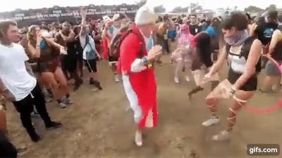 Enlace a Ni el Papa quiere perderse esos festivales locos de verano