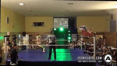 Enlace a La forma más ridícula de entrar en el ring en un combate de lucha libre