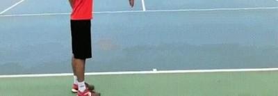Enlace a Una buena forma de vacilar a tu rival en la pista de tenis