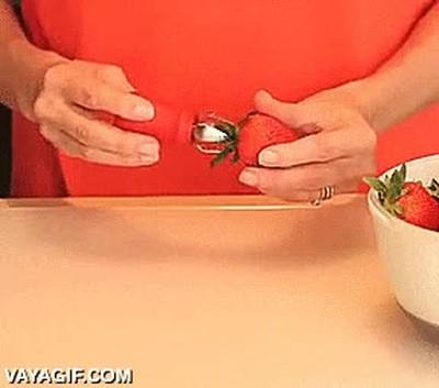 Enlace a Comer fresas nunca va ser lo mismo con este invento